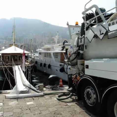 travaux petrolier yachting pompage tank eaux grises - Algora environnement