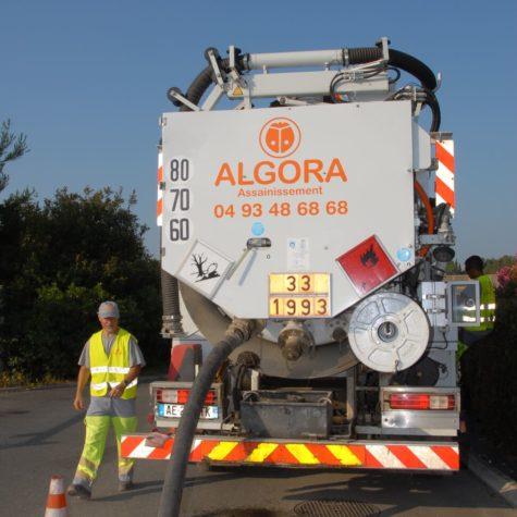 photo d'un employé au travail - Algora environnement